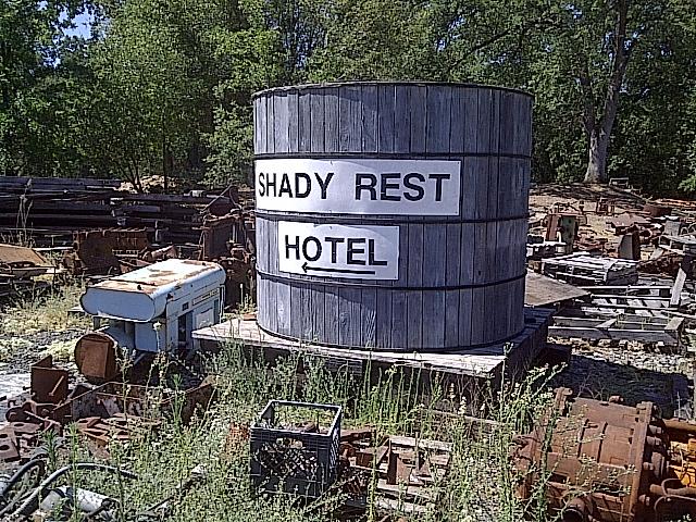 Shady Rest Hotel